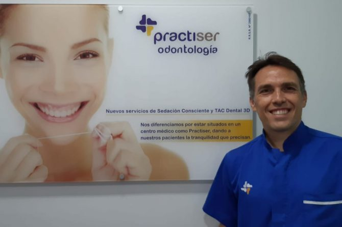 """""""Ortodoncia Invisible"""" del Servicio de Ortodoncia de Practiser"""